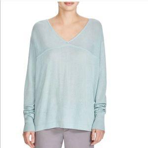 Vince • 100% Cashmere • Knit v neck sweater top